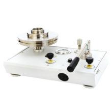 Pístový tlakoměr P3000